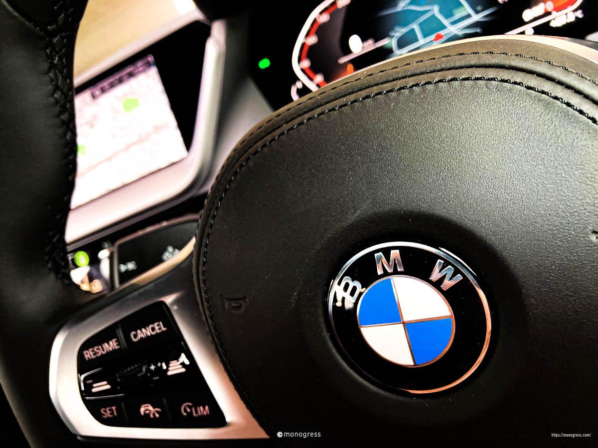 BMW 218i M-Sport ステアリング
