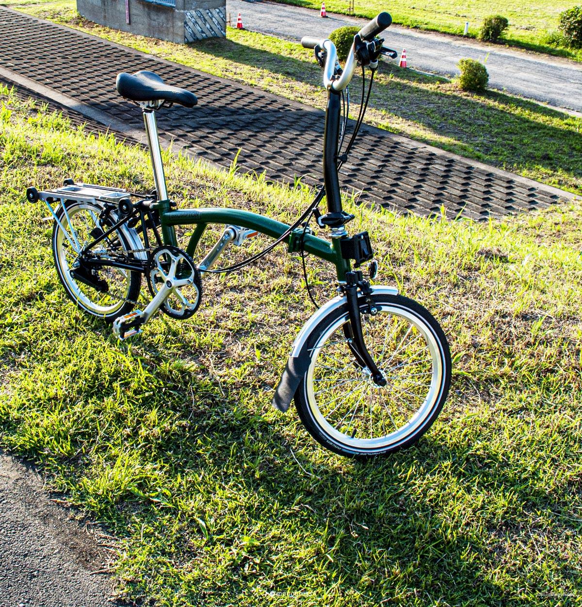 多摩川のサイクリングロードにて