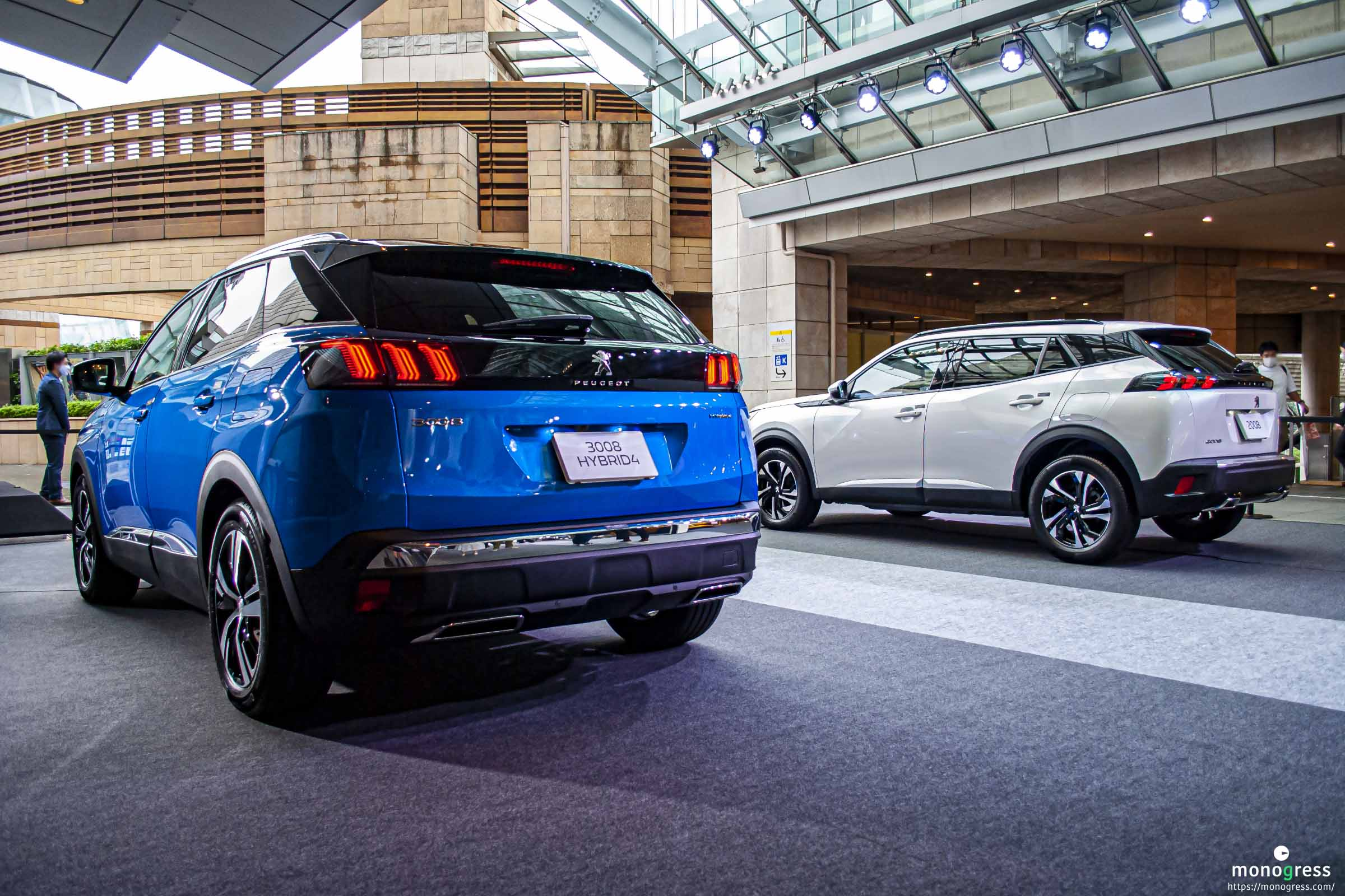 Peugeot 2008 and 3008