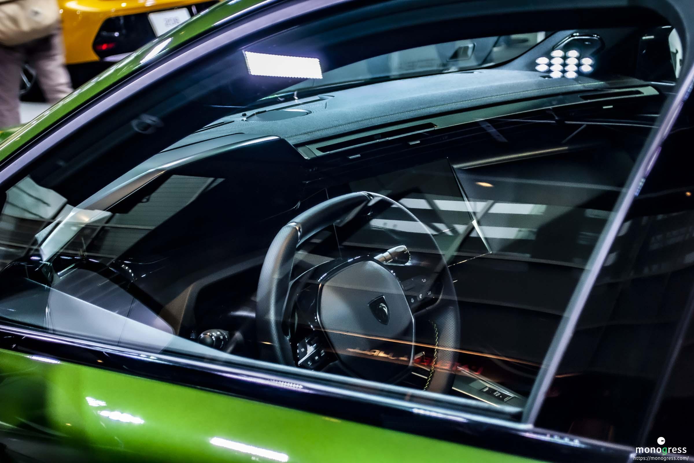 Peugeot NEW 308 i-Cockpit