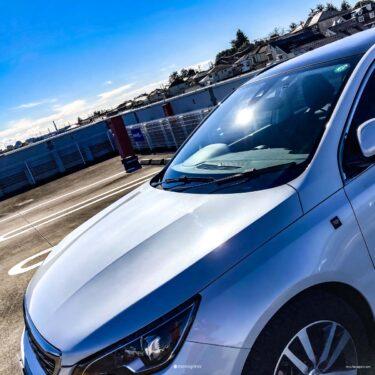 Peugeot 308SW 洗車の時はボンネットもあける!愛車を磨いて妄想にふける!