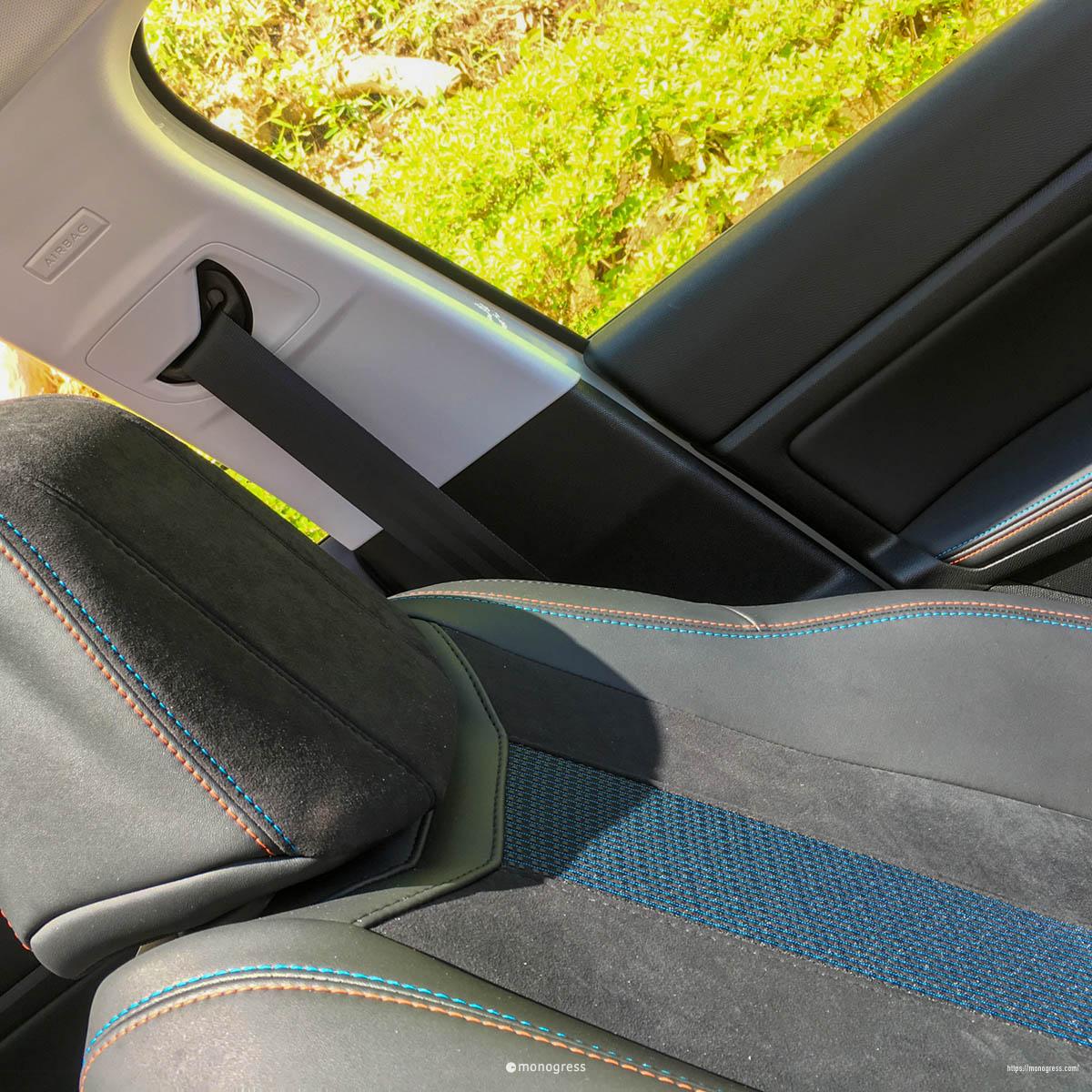 プジョー 308SW フロントシート