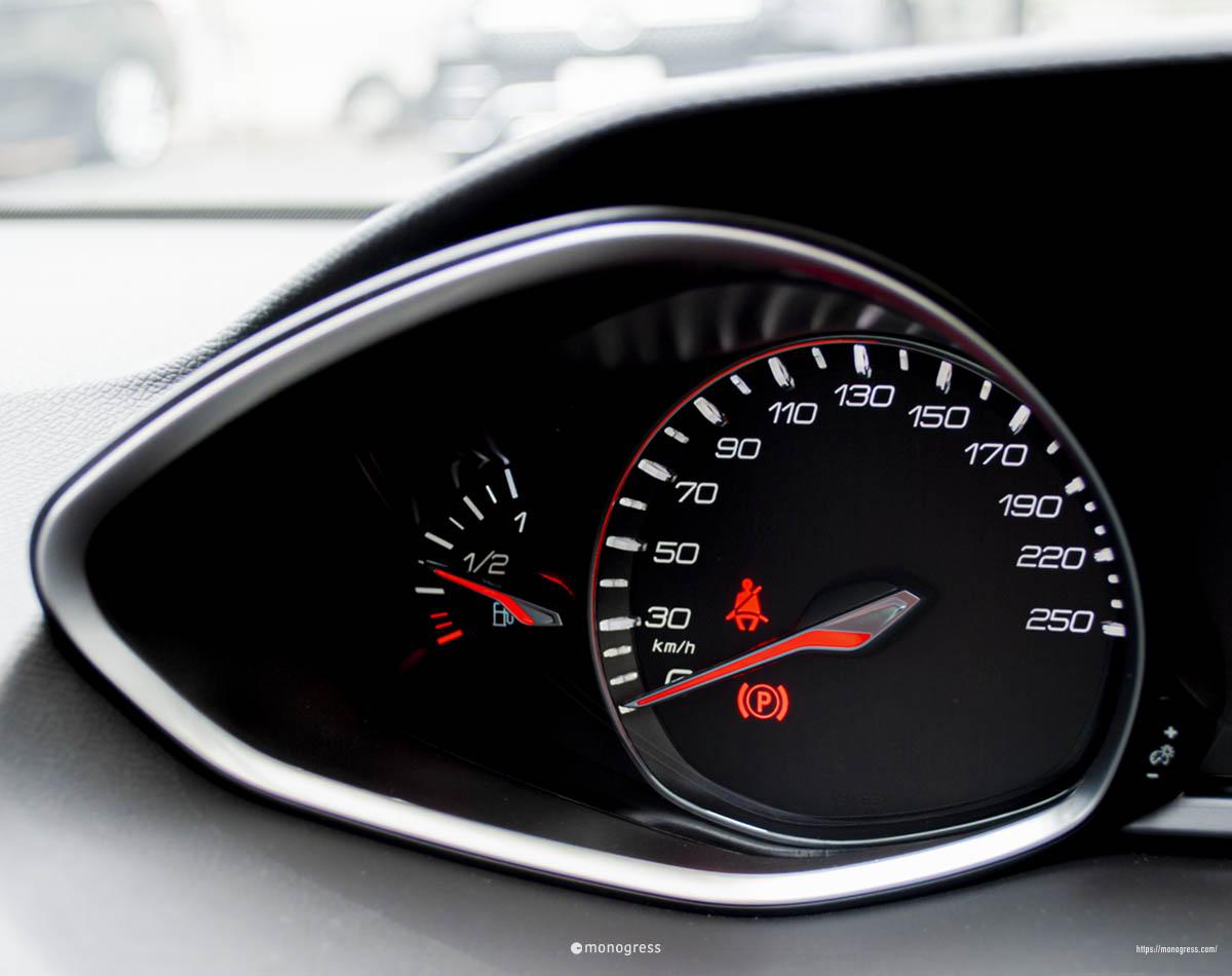 プジョー 308SW スピードメーター