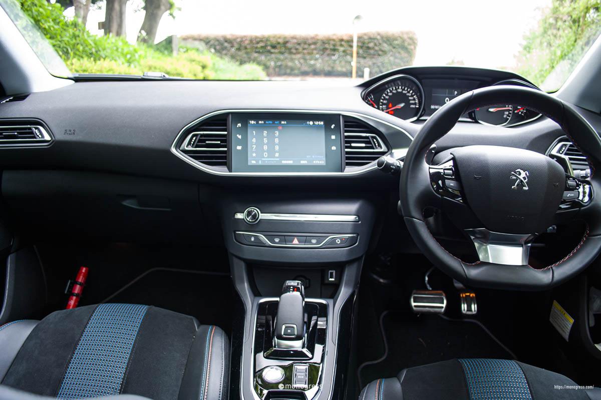 Peugeot 308SW Cockpit Photo