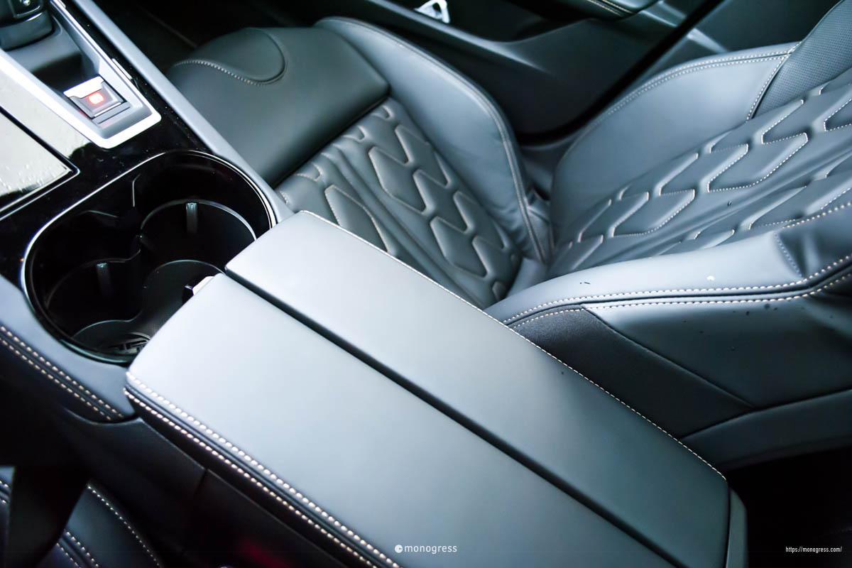 Peugeot 508 本皮シート