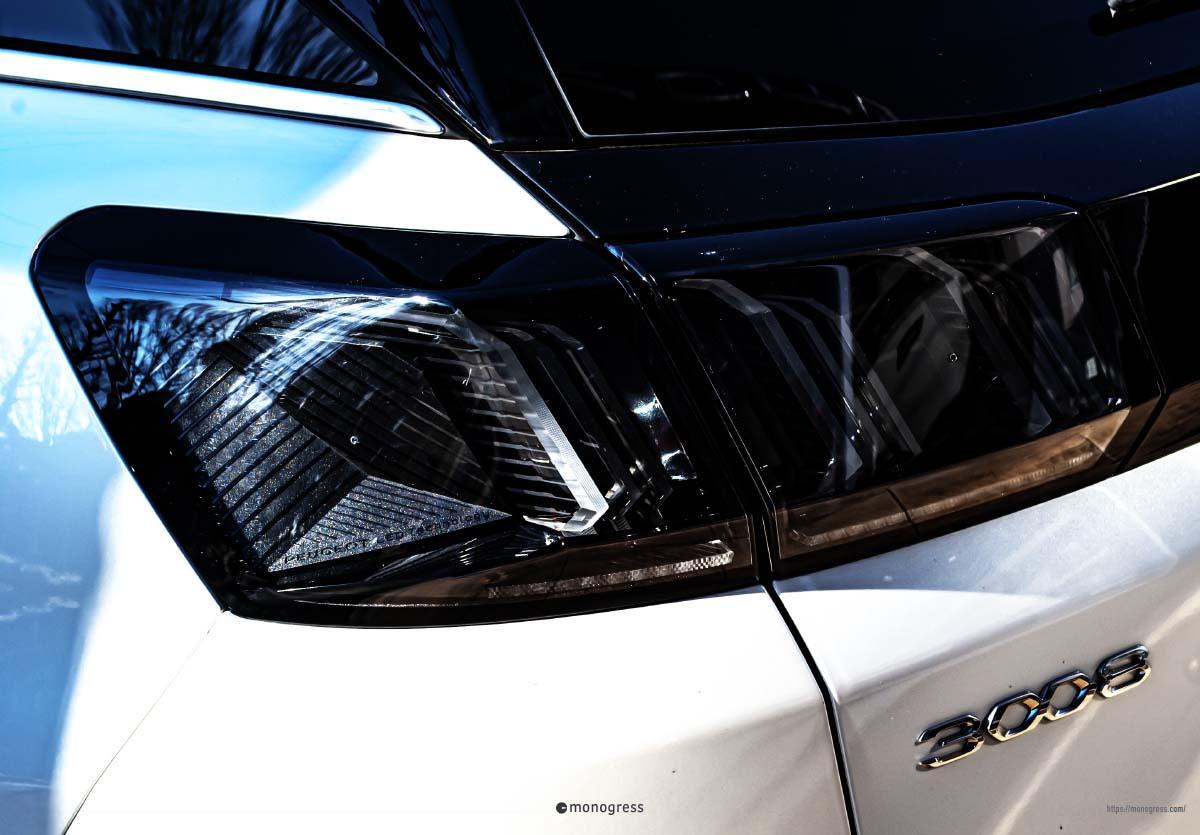 Peugeot 3008 2021年モデル リアコンビランプ